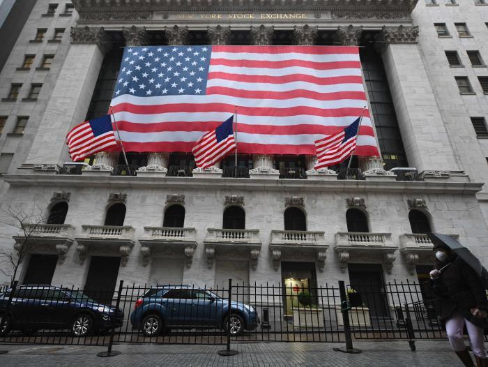 Wall Street se disparó este lunes
