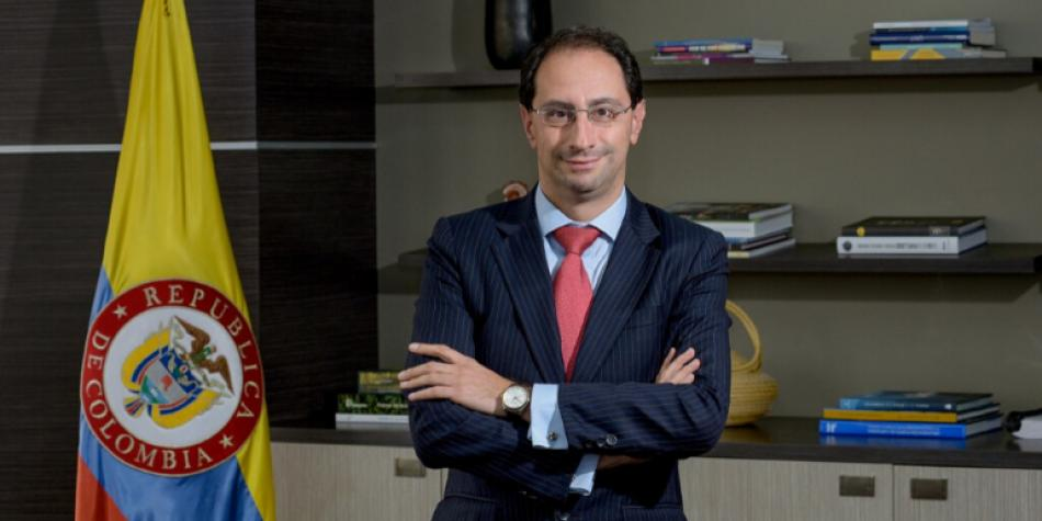 Mincomercio anuncia línea de crédito directo de Bancóldex a pymes