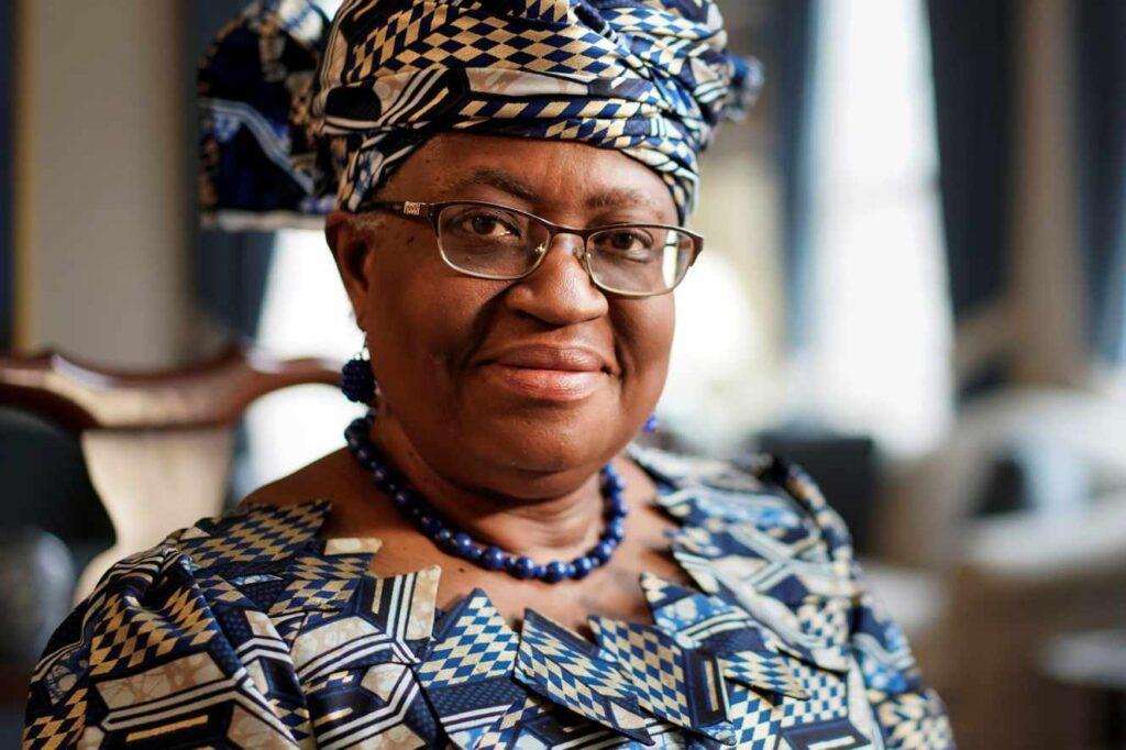 La lutte contre le Covid-19, priorité de la nouvelle dirigeante de l'OMC Ngozi Okonjo-Iweala