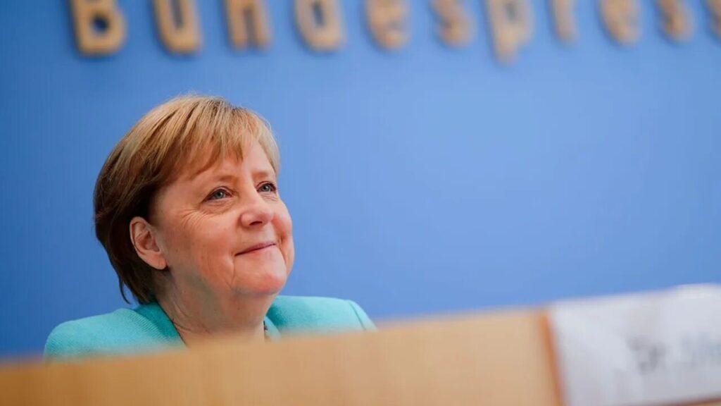 Angela Merkel, clap de fin estival en forme de bilan