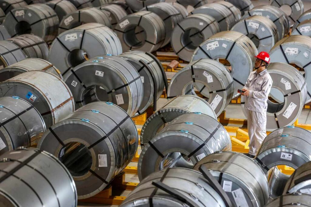 Matières premières : l'aluminium triomphe sur le « Ring » de Londres